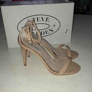 10M Steve Madden dress sandals with ankle strap